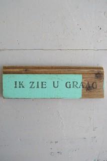wood & word sign [ik zie u graag]