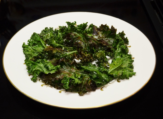 bed of kale chips