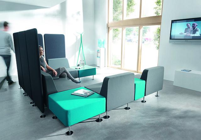krzesla-recepcyjne-wall-in-21