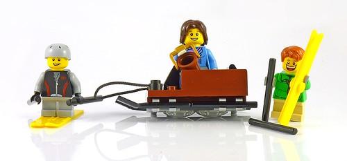 LEGO 10229 Winter Village Cottage c03