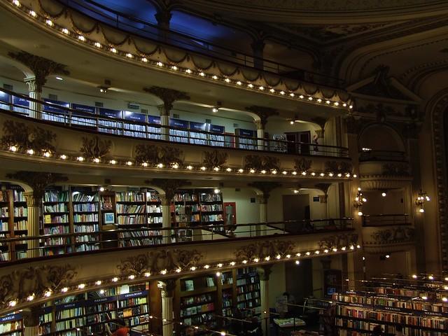 """Librería """"El Ateneo"""" Buenos Aires, Argentina"""