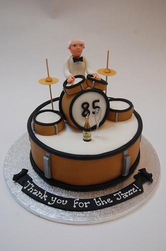 Stupendous Jazz Drummer Cake Beautiful Birthday Cakes Funny Birthday Cards Online Overcheapnameinfo
