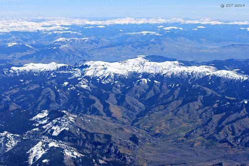 mountains rockies colorado united flight aerial rockymountains windowseat sawatchmountains zeesstof grandjunctiontohouston