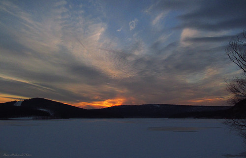 winter sunset sky snow mountains clouds canon evening newjersey powershot wintertime paintedsky ringwood monksville monksvillereservoir sx150is smack53