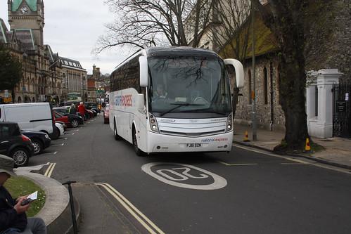 Yellow Buses VCL337 FJ61GZN