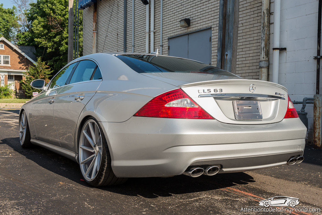 2008 CLS 63 AMG finished photo outside 2