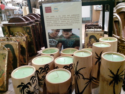 Crafts for a Cause: Candles in bamboo containers from Life Project for Youth