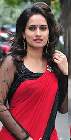 Chinmayi-Ghatrazui-black-long sleeves-saree