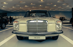 automobile, automotive exterior, vehicle, automotive design, mercedes-benz w108, mercedes-benz, auto show, mercedes-benz 600, mercedes-benz w111, antique car, sedan, vintage car, land vehicle, luxury vehicle, motor vehicle, classic,