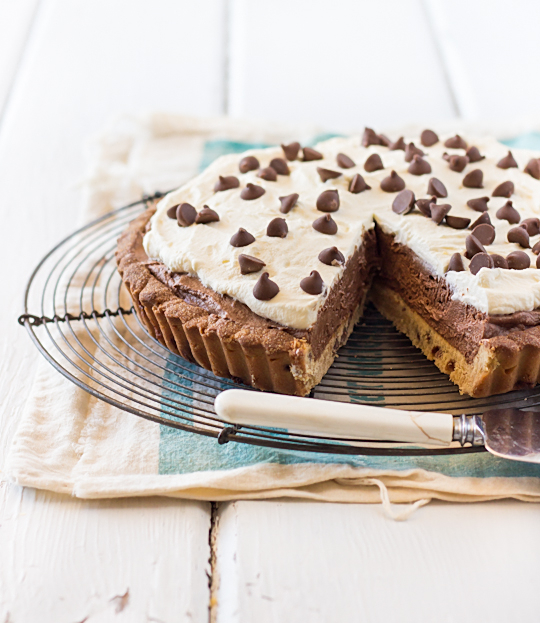 ... cupcakes: Chocolate Mousse Tart with Chocolate Chip Cookie Crust