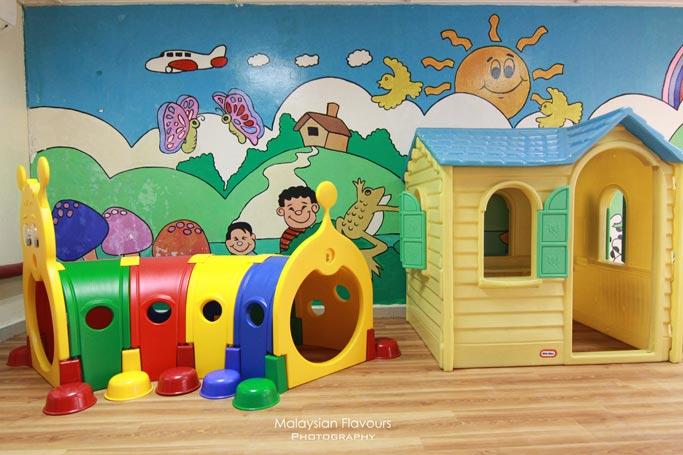 children-playground-holiday-villa-hotel-suites-subang