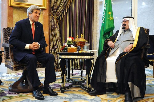 Secretary Kerry Meets With Saudi King Abdullah