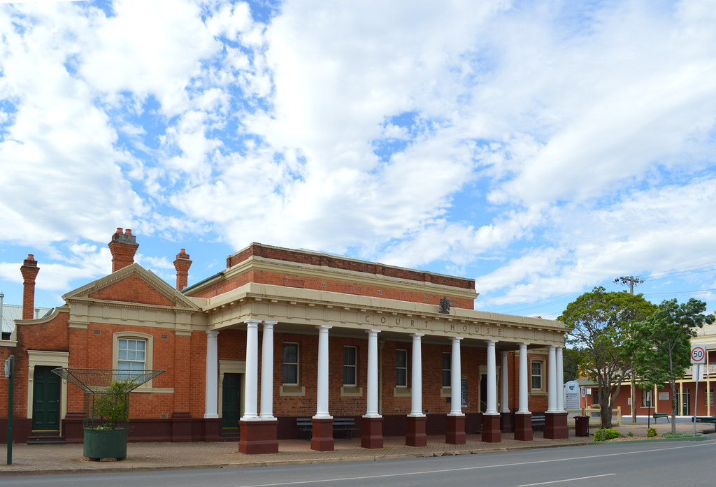 Condobolin Court House