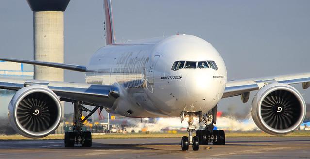 (A6-ENA) Emirates B777-300ER