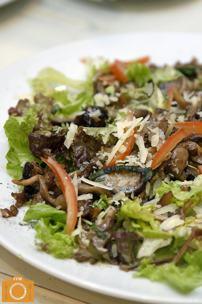 Market Basket Mushroom Salad