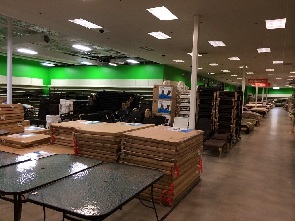 Garden Ridge   Omaha, Nebraska   Sales Floor