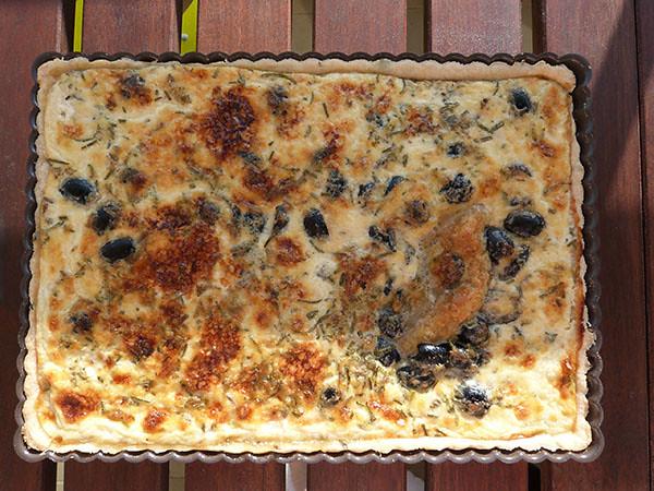 quiche aux olives cuite