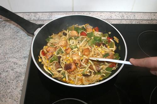 06 - Auf mittlerer Stufe weiter kochen