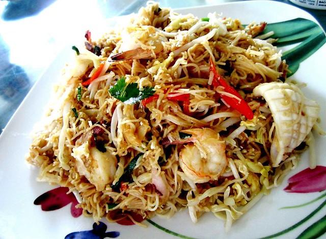 STP's seafood mee sua