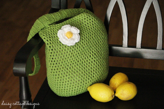 tote bag crochet pattern from Daisy Cottage Designs. This free crochet ...