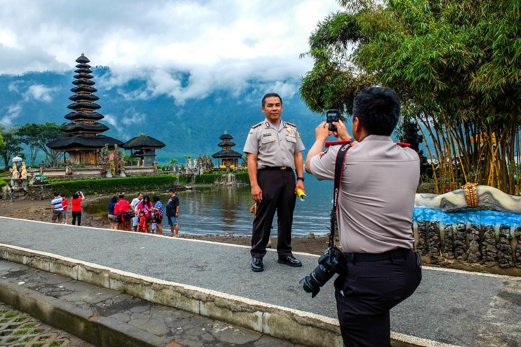 Aziatische fotografen.jpg