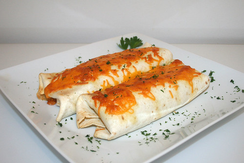 59 - Burrito-Auflauf - Seitenansicht / Burrito-Casserole - Side view