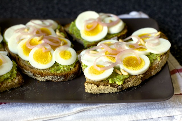 egg tartines with asparagus pesto, pickled shallots