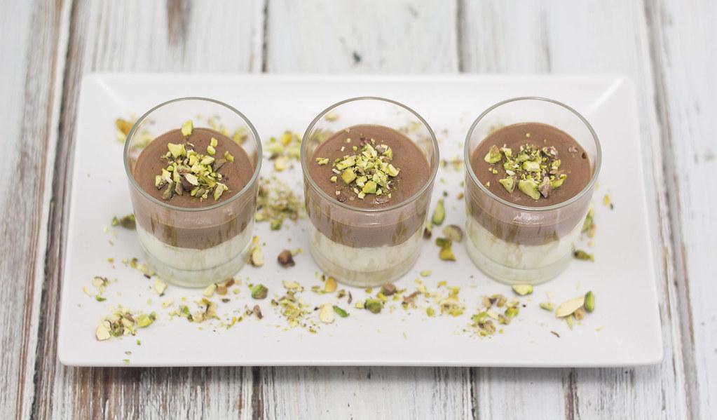Hvid og mørk chokolademousse (14)