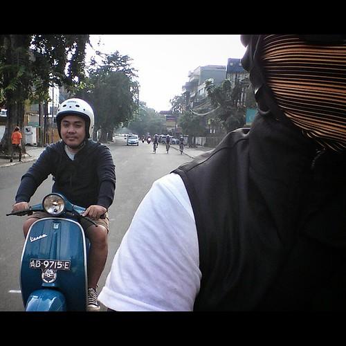@siinoi Raun Raun Naik Vespa #90ss #originalpaint 😚👌  📷 : #campursarivespa #VESPA