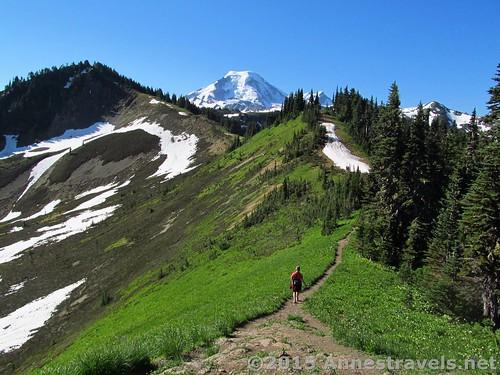 Starting south along Skyline Divide, Mount Baker-Snoqualmie National Forest, Washington