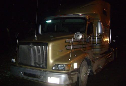 Policía Federal asegura a operador de camión