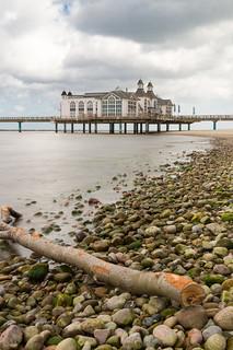 Hauptstrand közelében Ostseebad Sellin képe. longexposure beach strand pier rügen sellin langzeitbelichtung mecklenburgvorpommern seebrücke