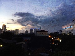 And yet another awesome sunset view from my office balcony #jakarta #sunset #indonesia #cityscape
