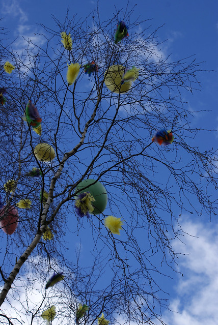 ballons and feathers