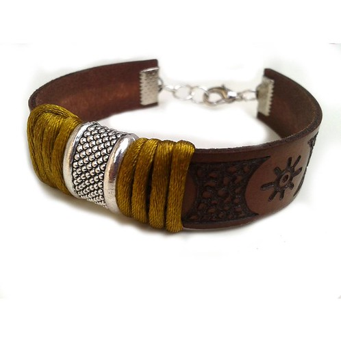pulsera marrón by yotoko