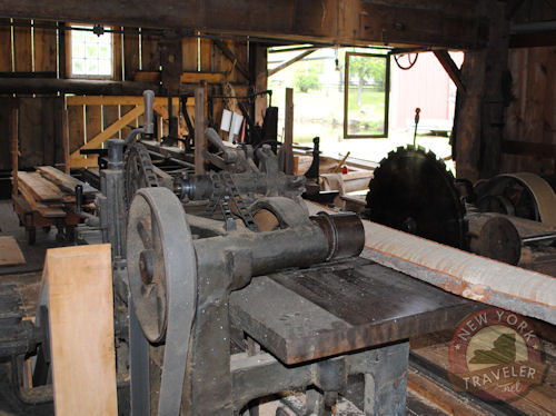Moulding Mill