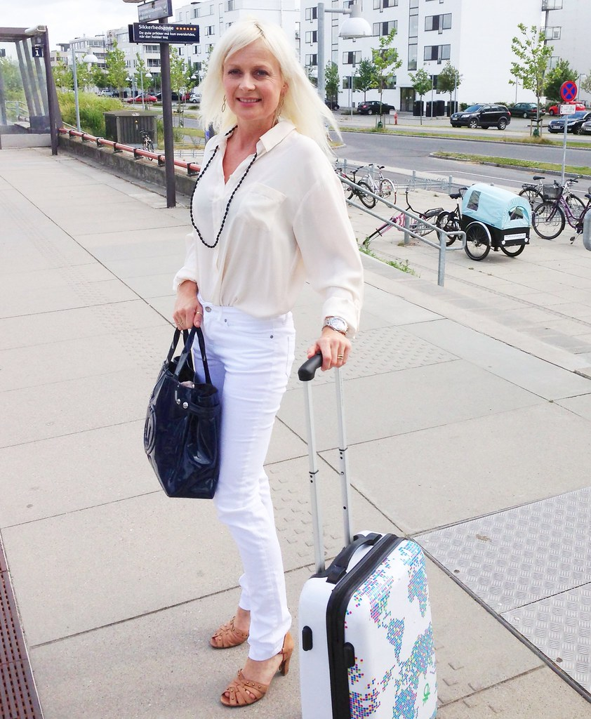 CPH BLONDE on her way to a Hot Copenhagen Date