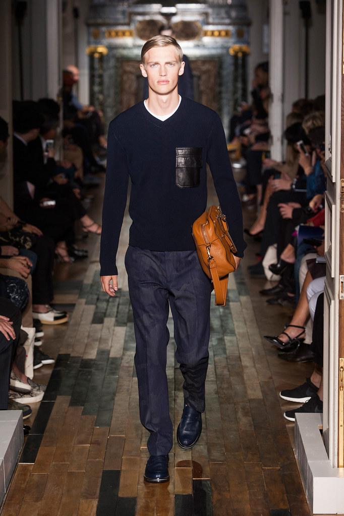 SS14 Paris Valentino039_Victor Nylander(fashionising.com)