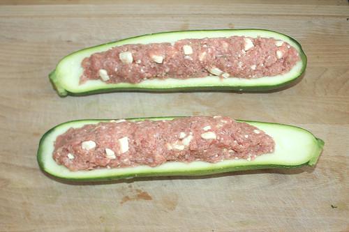 35 - Zucchini befüllen / Fill zucchinis
