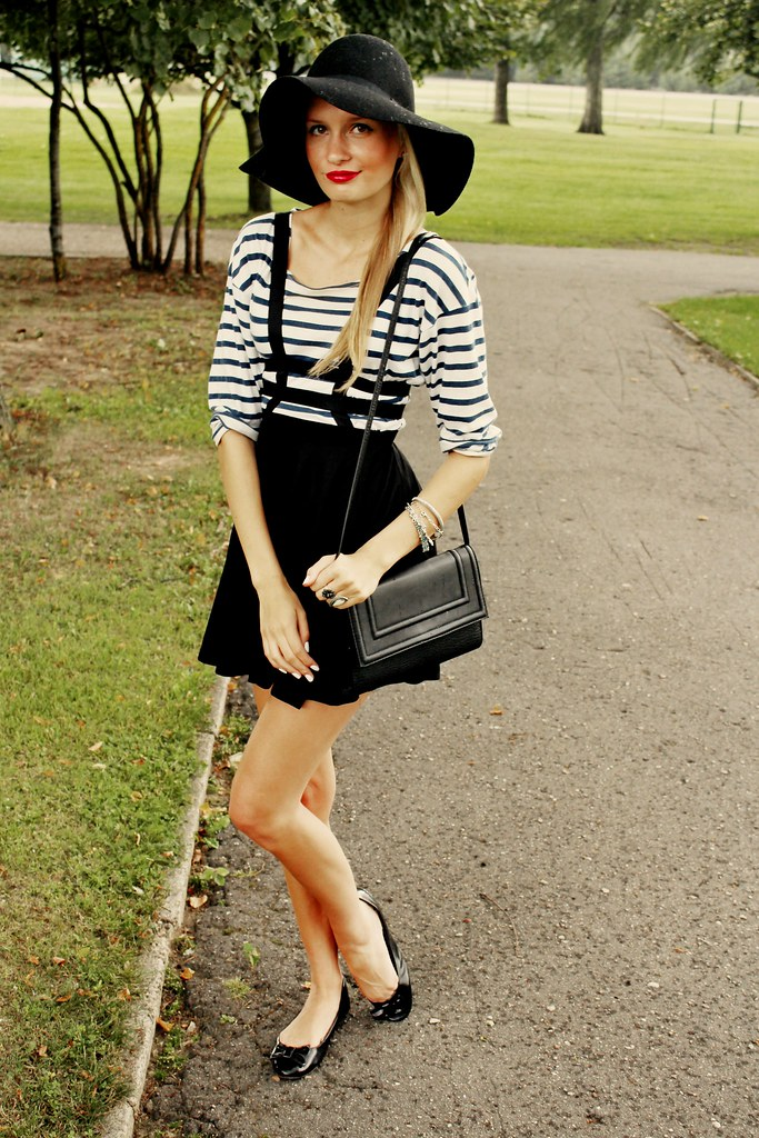 Black H&M hat, choies.com, choies, red lipstick, blonde girl, striped zara shirt, ballerinas, bohemian