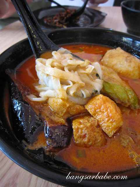 Yong-Dou-Du-with-Curry-Kuay-Teow