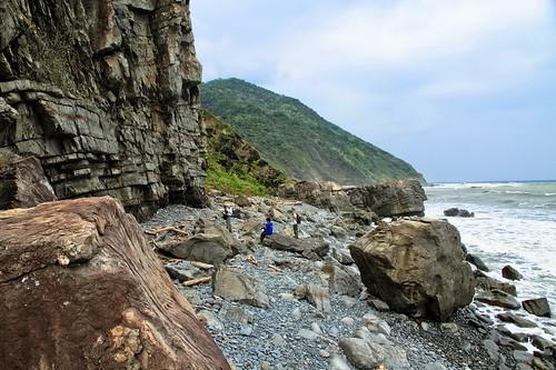 阿塱壹古道海岸多樣且豐富的海崖地形。(圖片來源:林務局)