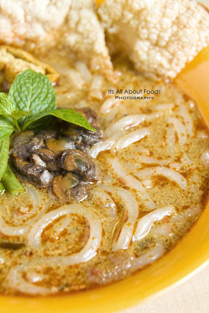 nyonya-curry-asam-laksa-chopstix