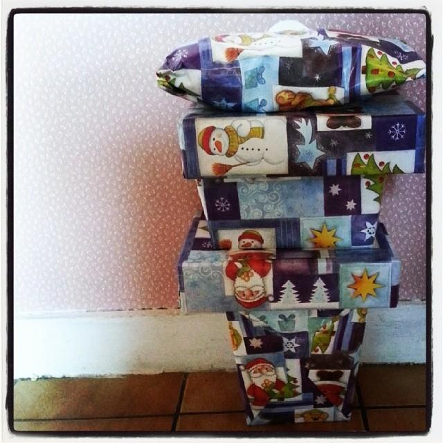 ♥ une super copine nous a gâté ♥ #noel #chocolat #cadeau #ourlittlefamily #france