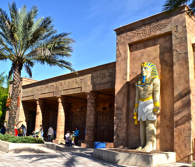 Legoland, Florida - mummy art