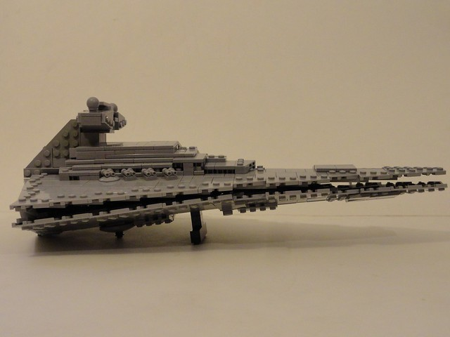Brickdoctor's Midi-Scale Imperial Star Destroyer