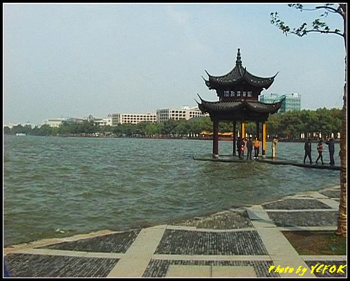 杭州 西湖 (其他景點) - 024 (湖濱路的湖畔)