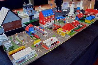 1960s Lego town by Frances and Martin Schroeter