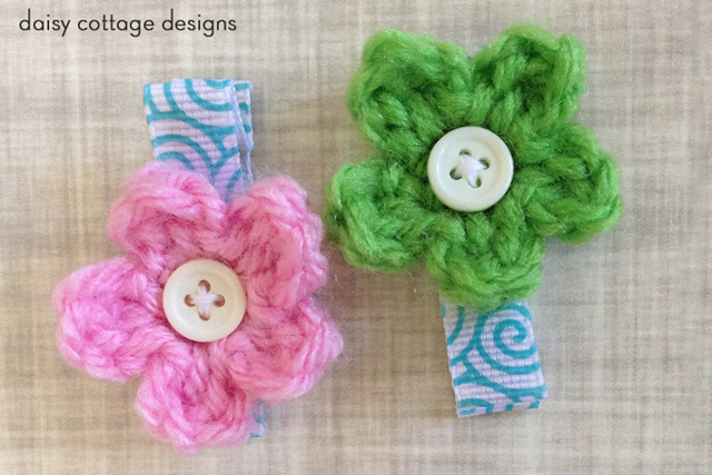 tiny little flower crochet pattern