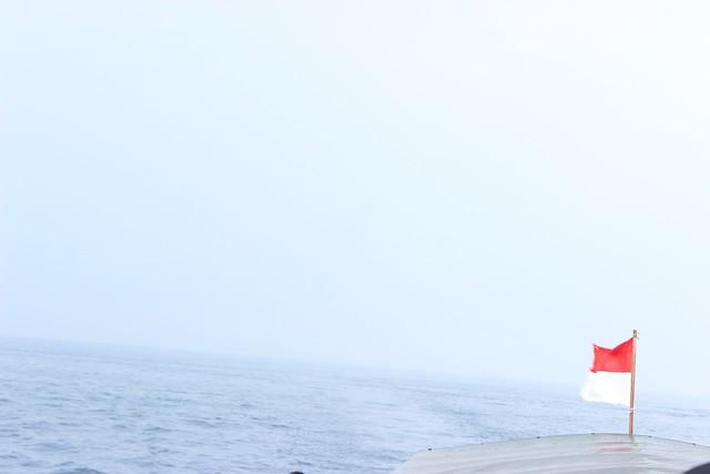 Berlayar menuju Kepulauan Seribu